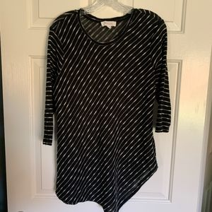 Two by Vince Camuto Hankerchief Hem Tunic, Size M